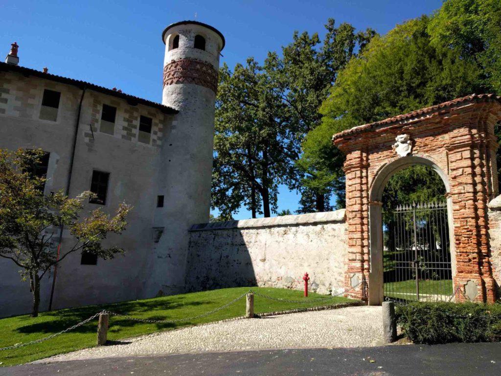 Parella, castello