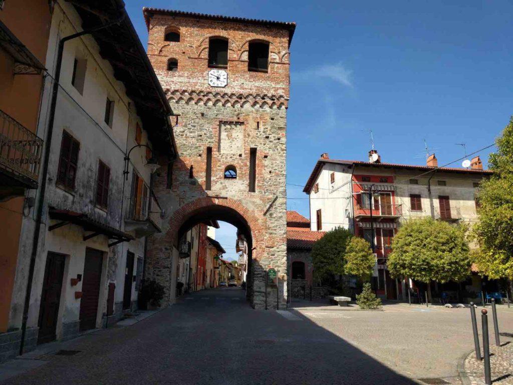 Piverone, la porta-torre